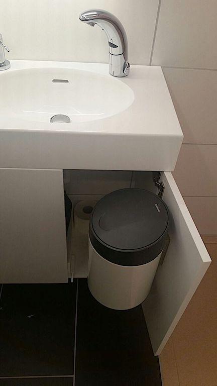 Waschtisch und Badezimmer in 19 mm Glacier White